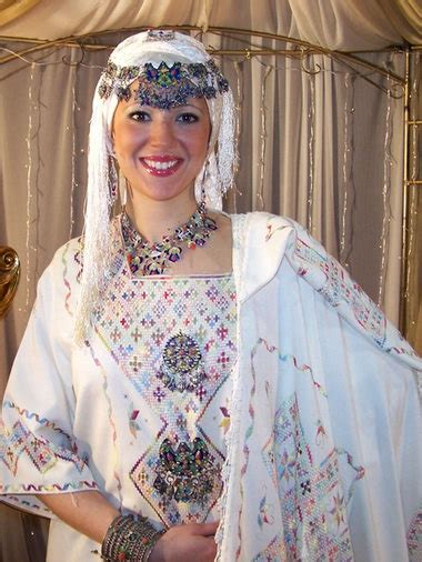 robe kabyle moderne mariage 1000 images about clothes tenues kabyles on dress s fashion and