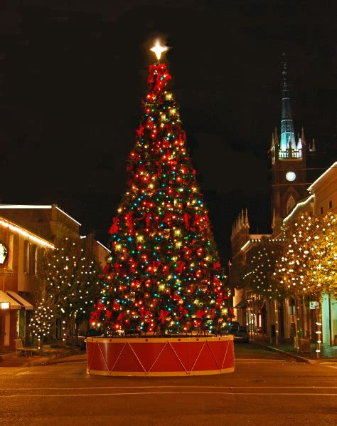 top christmas   natchez  celebrate