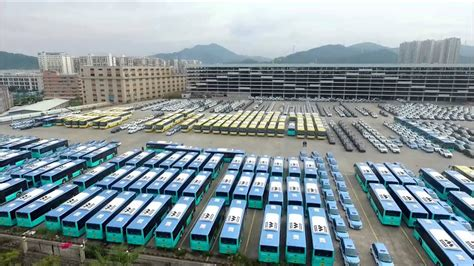 byd delivering  worlds largest electric bus fleet youtube
