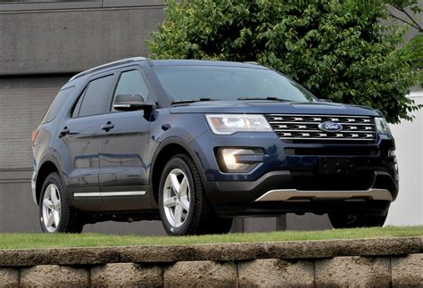 The 2016 Ford Explorer Visits Its Chicago Home