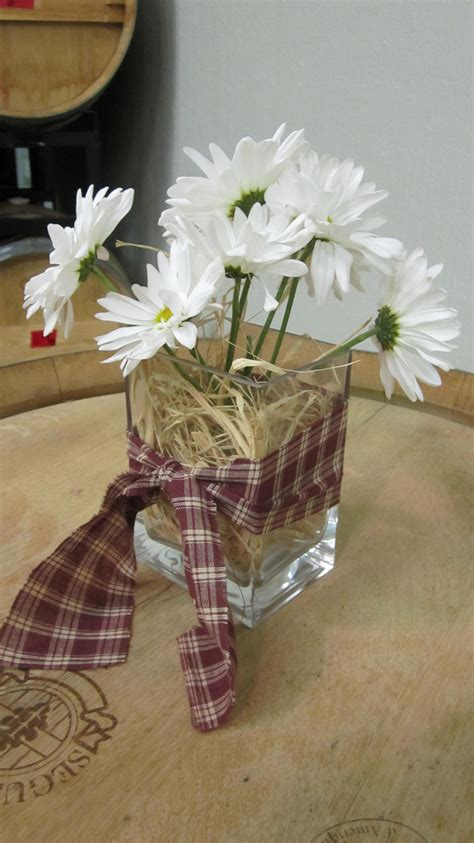 Chagne Decoration Ideas - western theme centerpieces change the ribbon so that it