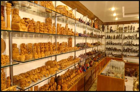 Karan jewellers is a khajuraho based 34 years old showroom