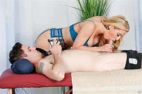 Most Sexy Cherie Deville Free Porn Pictures And Videos