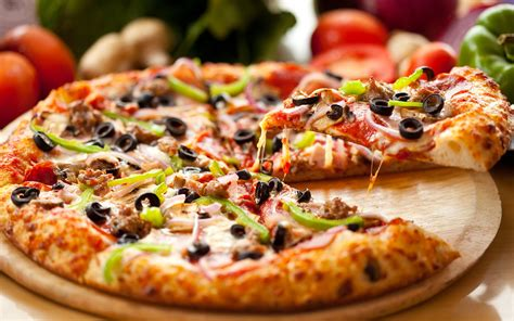 Yummy Pizza F Wallpaper  2560x1600  179705 Wallpaperup