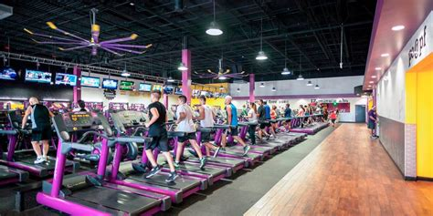 8 reasons to join planet fitness gym special offers