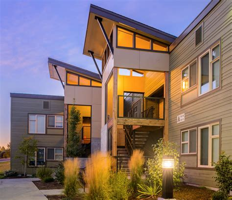 Crest Butte Apartments - Contemporary - Exterior