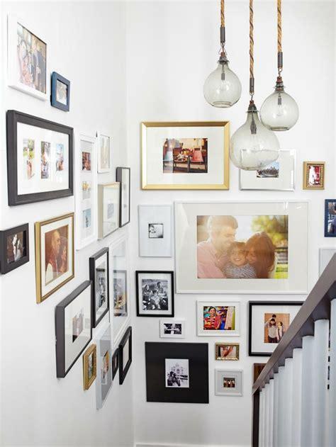 fotowand flur gestalten fotowand zu hause gestalten tipps und 25 kreative ideen