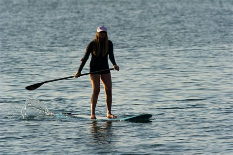 e stand up paddle sup in sardegna stand up paddle