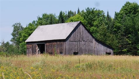 Yoder Sheds Brown City Mi by Barns Of Mackinac County Michigan