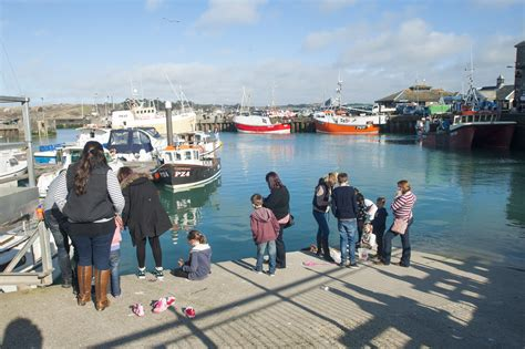 padstow north cornwall  essential guide