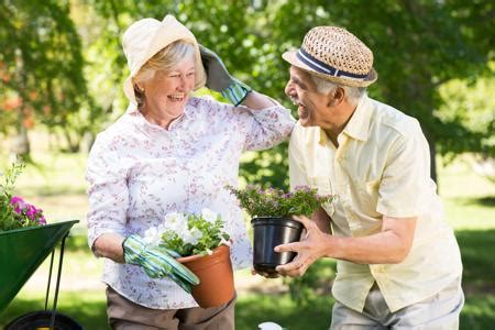 social activities for the elderly to get them out of