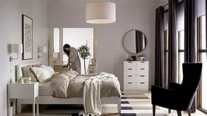 Why Scandinavian minimalism is perfect for compact Hong