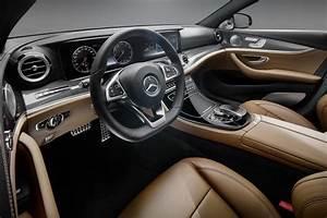 Nouvelle Mercedes Classe E : mercedes d voile l 39 int rieur de la nouvelle classe e ~ Farleysfitness.com Idées de Décoration
