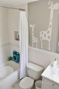 Enjoying and Relaxing Modern Young Kid's Bathroom ...