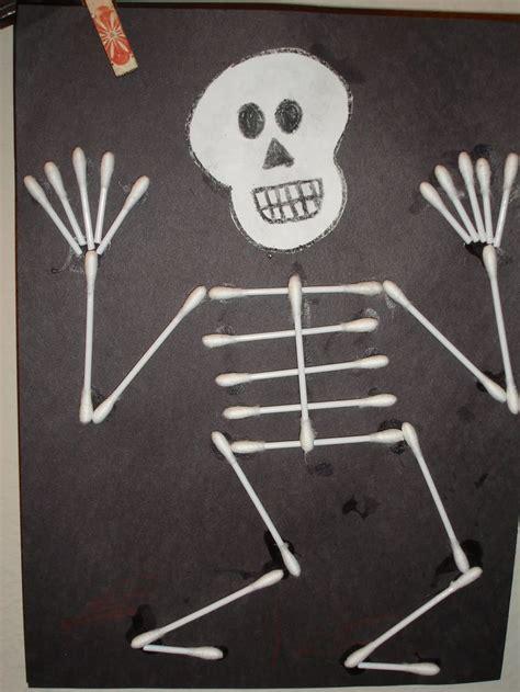 q tip skeleton craft kid stuff 124 | 9d2466ee57ba878703f84ef0173d58e6