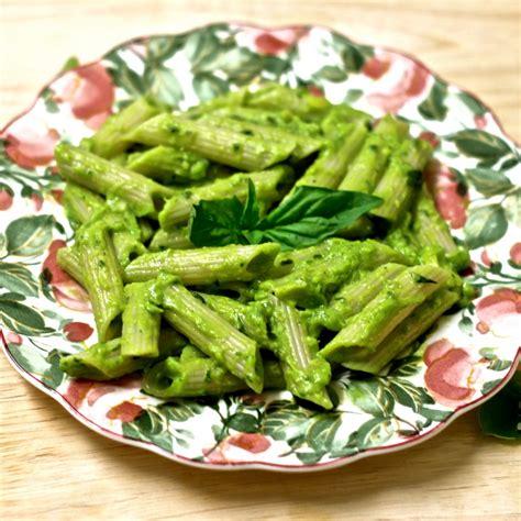 avocado basil pasta creamy avocado pesto pasta