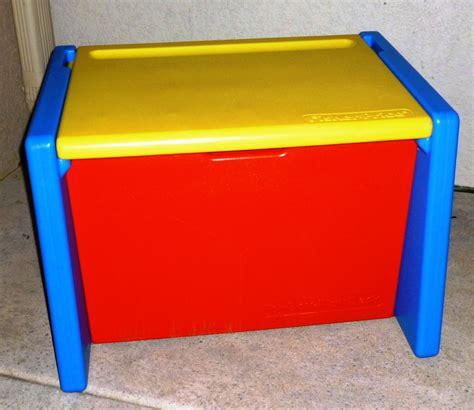 Fisher Price Box Play Desk by Vintage Fisher Price Box That Doubles As A Desk 1991