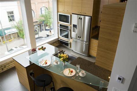 isolation hotte cuisine 107 idées de îlot central de cuisine fonctionnel et convivial