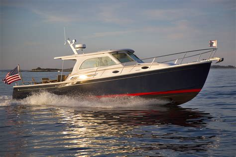 Top Fishing Boat Brands by 10 Top Motor Yachts And Power Cruisers Of 2013 Boats