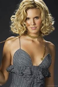 Maggie Grace Curls
