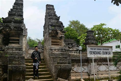 gambar kartun wisata lamongan tempat wisata indonesia