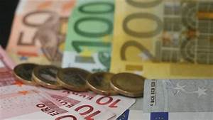Zinsen Pro Jahr Berechnen : geldmarkt floater 2 5 bis 5 zinsen pro jahr ~ Themetempest.com Abrechnung
