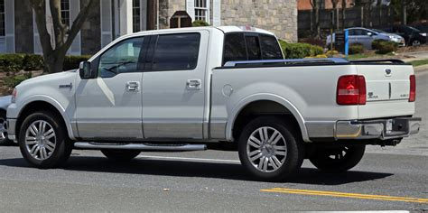 repair voice data communications 2008 lincoln mark lt electronic valve timing file lincoln mark lt rear left 190 view jpg wikimedia commons