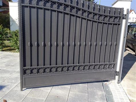 Gartentor Sichtschutz Holz by Sichtschutz Und Blickdicht Produkte Schmiedeeisen Z 228 Une Tore