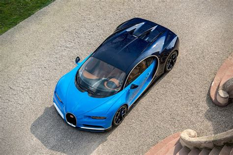 This beast of an engine employs four turbochargers to generate a mighty 1500. 2017 Bugatti Chiron - Awesome Stuff 365