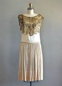 Why Choose a Vintage Wedding Dress? | Etsy Weddings Blog