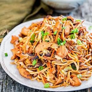 Chicken Lo Mein - Jo Cooks