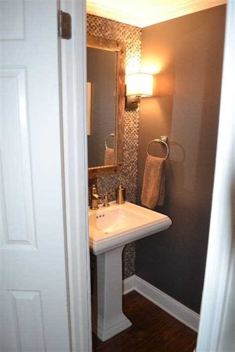 small 1 2 bathroom ideas 1000 images about 1 2 bath idea on accent