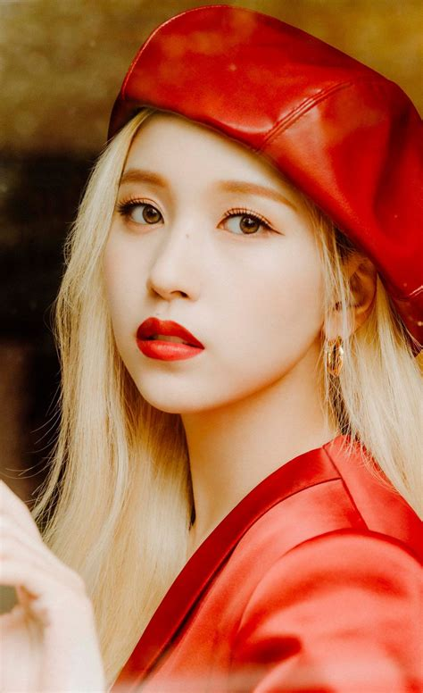 TWICE unveils alluring concept photos for their 7th ...