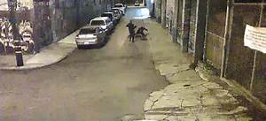 Calif. sheriff's deputies shown beating car theft suspect ...