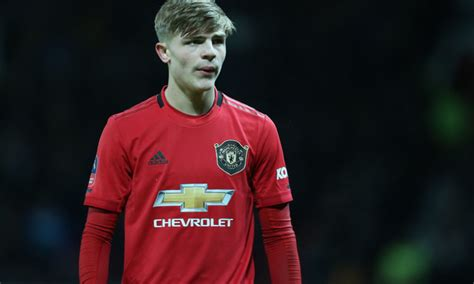 Report: Newcastle agree deal for Manchester United's ...