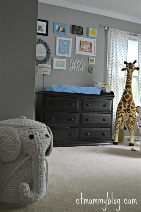 lets play find  giraffe project nursery