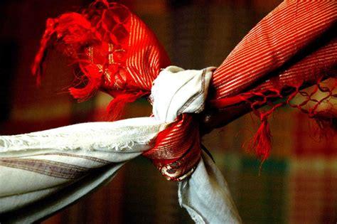 48 Hindu Couples Tie The Knot At Mass Wedding Pakistan Today