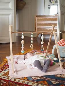 Arche En Bois Bebe : une arche d veil en bois diy les moustachoux projets essayer baby baby toys et diy ~ Teatrodelosmanantiales.com Idées de Décoration