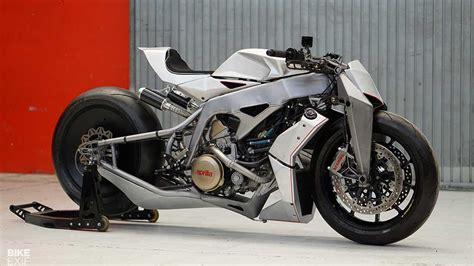 Behold This Futuristic Custom Bike With Very Old Tech