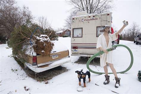 sites   christmas vacation themed christmas display