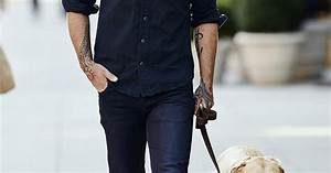 Seann William Scott   Hot Hunks Walking Dogs   Us Weekly