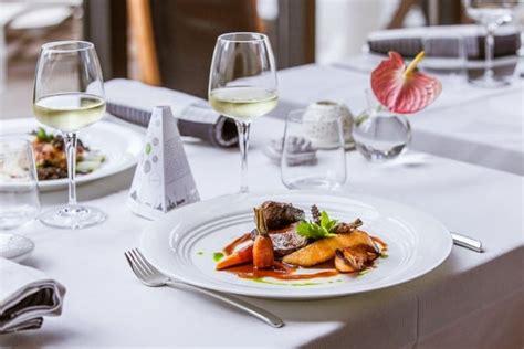 site de cuisine gastronomique restaurant gastronomique annuaire tourisme dans les vosges guide alsace lorraine