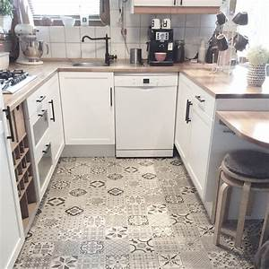 Vinylboden Fliesenoptik Küche : parkett oder vinyl seite 2 ~ A.2002-acura-tl-radio.info Haus und Dekorationen