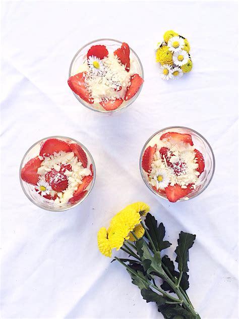 Bicchieri Per Limoncello by Tiramisu In Bicchiere Fragole E Limoncello Sweetsdenny