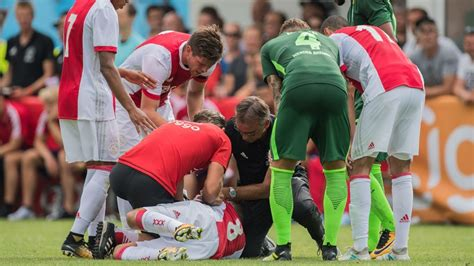 ajax midfielder abdelhak nouri collapses  friendly  werder bremen espn fc