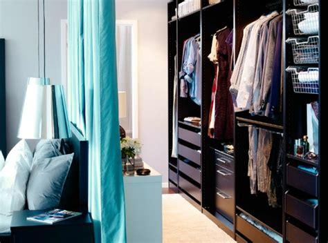 chambre a coucher avec dressing dressing avec rideau 25 propositions pratiques et jolies