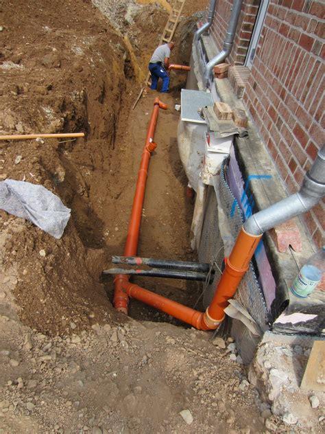 regenwasser fallrohr ableiten kanalanschluss wir bauen am lusthaus
