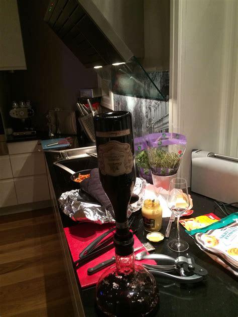 wine decanting amarone    kitchen med bilder