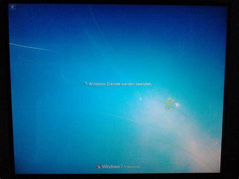 display additional boot  shutdown information