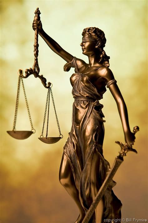 foto de Next halloween costume Statue of Lady Justice Holding
